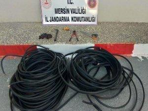 Kablo çalarken yakalanan 2 kişi tutuklandı