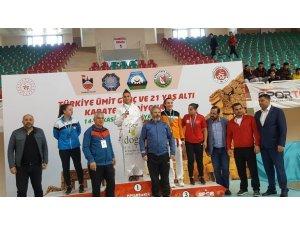 Fatma Uygur Türkiye şampiyonu oldu