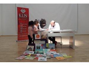 """Murat Moroğlu """"Bir Bavul Kitap"""" ile Kapadokya'da"""