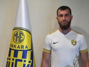 Ankaragücü golcüsü Zaur Sadaev'e ulaşamıyor!