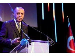 Cumhurbaşkanı Recep Tayyip Erdoğan, Londra'da Türk vatandaşları ve Müslüman toplumuyla bir araya geldi