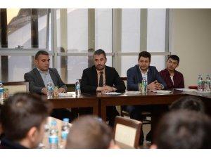Başkan ,Çetin gençlerin sorun ve taleplerini değerlendirdi