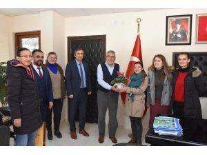 Futsalcı başarılı öğretmenlerden Bozkurt'a teşekkür ziyareti