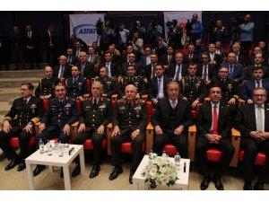 """Milli Savunma Bakanı Akar: """"Türkiye terörle mücadelede yalnız bırakıldı"""""""