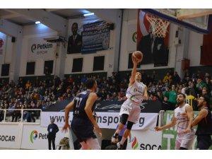 Türkiye Basketbol Ligi: Petkim Spor: 92 - 1881 Düzce Belediye: 68
