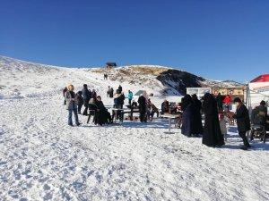 Erciyes'te sezon öncesi ziyaretçi yoğunluğu başladı