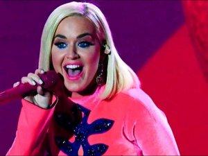 Katy Perry'nin yaptığı espri seyircileri kaçırdı