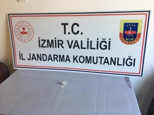 İzmir'de 5 suçtan aranan şahıs yakalandı