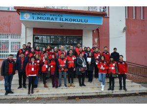 Türk Kızılay Bursa'dan Kelesli öğrencilere anlamlı sürpriz