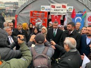 """Malatya'da """"Doğu Türkistan"""" konulu fotoğraf sergisi açıldı"""