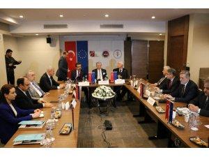 Kamu Görevlileri Etik Kurulu Toplantısı Diyarbakır'da yapıldı