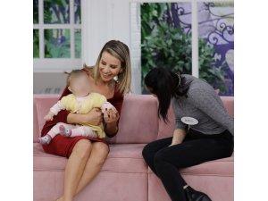 Esra Erol bir anneyi daha evladına kavuşturdu