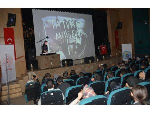 Tatvan'da 'kum sanatı, şiir ve müzik dinletisi' programı