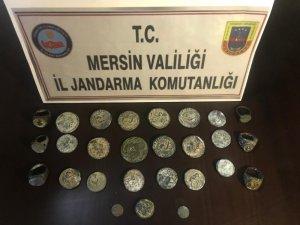 Mersin'de tarihi eserleri satmaya çalışan bir kişi suçüstü yakalandı