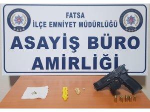 Hırsızlık ve uyuşturucu ticaretine 5 tutuklama