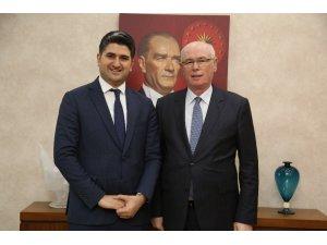 CHP Genel Başkan Yardımcısı Adıgüzel, Başkan Kurt'u ziyaret etti