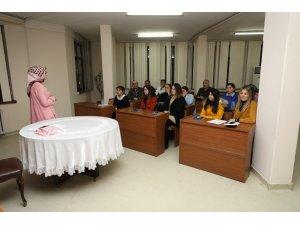 Fatsa Belediyesi personelleri işaret dili öğreniyor
