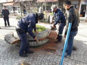 Akçakoca'da Park ve Bahçelerde onarım çalışmalarına hız verildi