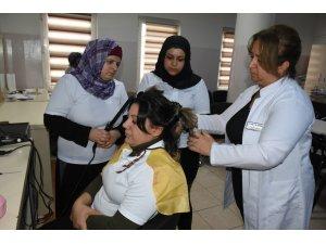 Şahinbey Belediyesi düzenlediği kurslarla meslek sahibi yapıyor