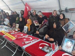 Bitlisli kadınlardan Diyarbakır annelerine destek