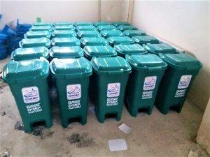 Edremit'te 'Ekmeği Çöpe Atma Sokak Hayvanlarına Aş Olsun' projesi