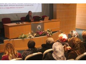 Bayburt'ta 'Anne Üniversitesi' projesi kapsamında anneler eğitimlerini sürdürüyor