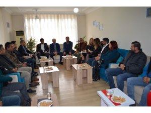 Didim CHP heyetinden, İttifak ortağına hayırlı olsun ziyareti