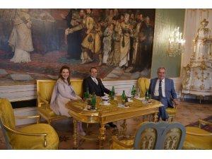 Prag Büyükelçisi Bağış, güven mektubunu Çekya Cumhurbaşkanına sundu