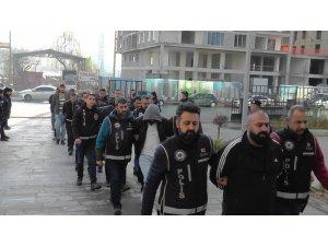 Niğde'de 'Kıskaç' operasyonunda 8 tutuklama