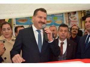 Ayvalık'ta MHP'den coşkulu açılış