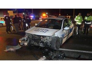 Şüpheli aracı kovalayan trafik ekibi kaza yaptı: 2'si polis 3 yaralı