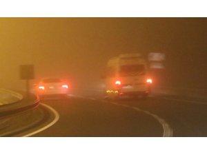 Şanlıurfa'da sis nedeniyle görüş mesafesi 5 metreye kadar düştü