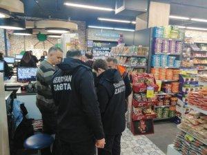 Serdivan'da zabıta ekipleri işletme sahiplerini bilgilendiriyor