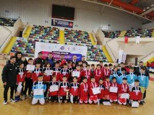 Karesi'de futsal şenliği