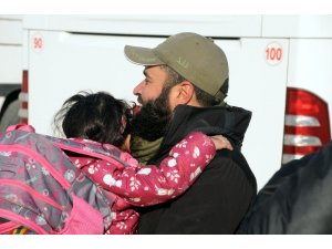 Tel Abyad'lı 500 kişi ülkelerine döndü