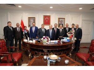 """İlkadım Belediye Başkanı Demirtaş: """"Her zaman çalışanımızın yanında yer almalıyız"""""""