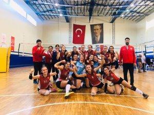 Kepez'in sultanları turnuvayı 3. bitirdi