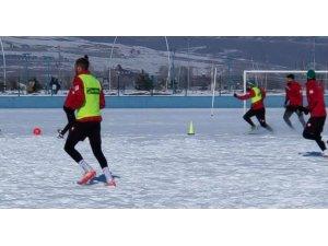 Kars 36 Spor Hoçvan Spor karşılaşması hazırlıklarını sürdürüyor