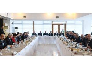 """Ahmet Erbaş: """"Kütahya'ya sivil havacılık okulu açılsın"""""""
