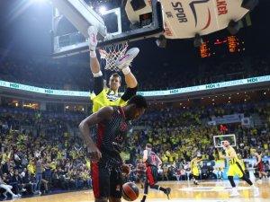 Turkish Airlines Euroleague: Fenerbahçe Beko: 73 - AX Armani Milan: 64