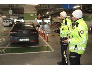 Havalimanı otoparkında yanlış park cezası: 1 günde 11 bin lira para cezası kesildi