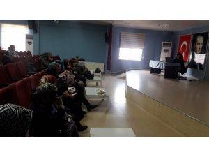 Kandıra'da okulların kantin ve yemekhane çalışanlarına eğitim