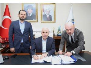 Akdeniz Belediyesi'nde toplu iş sözleşmesi imzalandı
