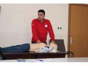 Ağrı'da basın mensuplarına ilk yardım eğitimi verildi