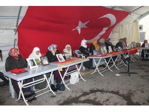 HDP önündeki ailelerin evlat nöbeti 151'inci gününde