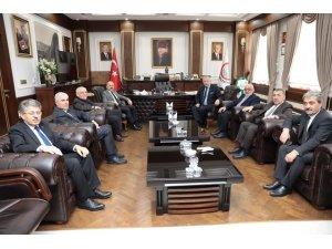 Vali Varol'dan Başkan Sarı'ya tebrik