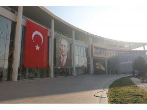 Başkan Dutlulu'dan Türk Bayrağı talimatı