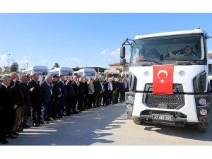 11 kamyondan oluşan yardım konvoyu Akdeniz'den yola çıktı