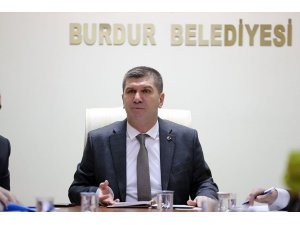 Başkan Ercengiz halkı Türk bayrağı asmaya çağırdı