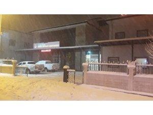 Siirt'te gıda zehirlenmesi şüphesiyle 5 kişi hastaneye kaldırıldı